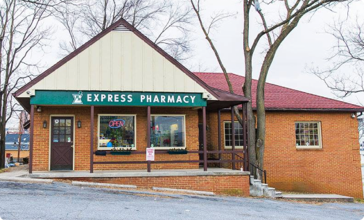 express-pharmacy-store-front-green-line